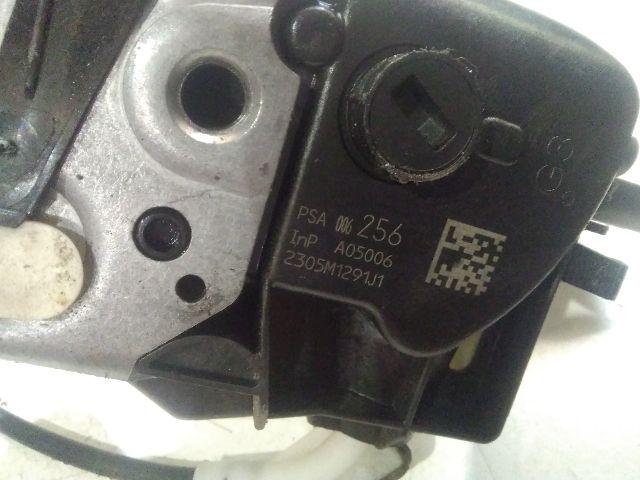 Használt 006256 Bal első ajtózár / ajtó zárszerkezet Alkatrész