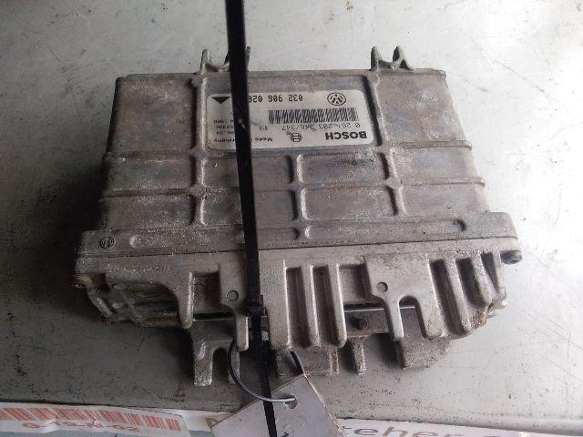 Használt 0261203346347 Motorvezérlő egység / ECU / PCM modul Alkatrész