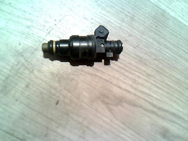 Használt 0280150446 Injektor / Porlasztó csúcs / Befecskendező (hengerenkénti) Alkatrész