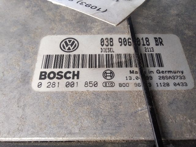 Használt 038906018BR Motorvezérlő egység / ECU / PCM modul Alkatrész