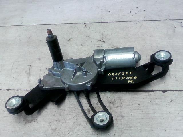 Használt 0390201584 Ablaktörlő motor hátsó Alkatrész