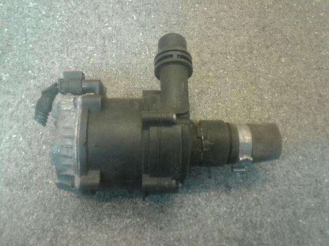 Használt 0392024055 Vízpumpa / Vízszivattyú / Keringető szivattyú Alkatrész