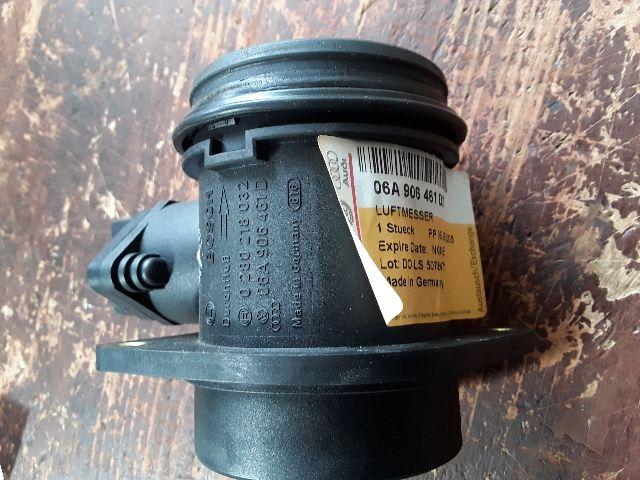 Használt 06A906461D Légtömegmérő / Légmennyiségmérő Alkatrész