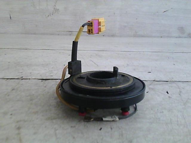 Használt 119039005A Légzsák átvezető szalagkábel, SRS szalag (kormány csúszó gyűrű) Alkatrész