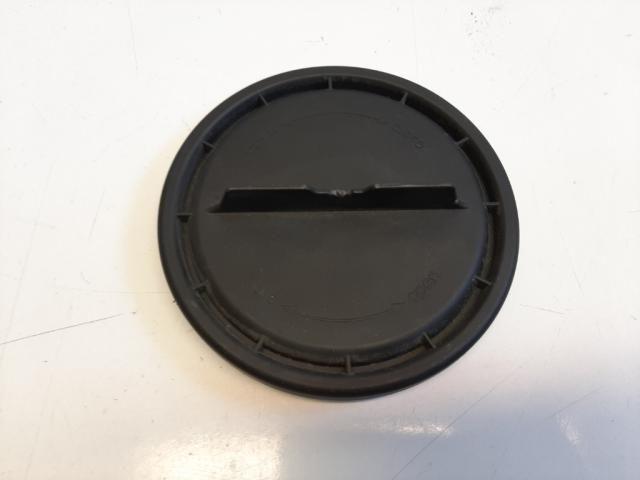 Használt 1305219121 Jobb fényszóróbúra gumi fedél / Porvédő kupak Alkatrész