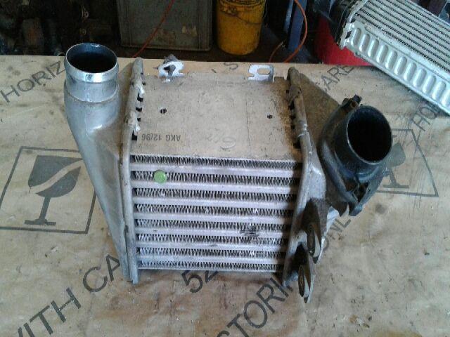 Használt 1H0145805A Intercooler / Töltőlevegőhűtő Alkatrész