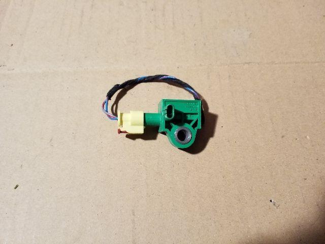 Használt 1K0959351 Légzsák indító (oldallégzsák) Alkatrész