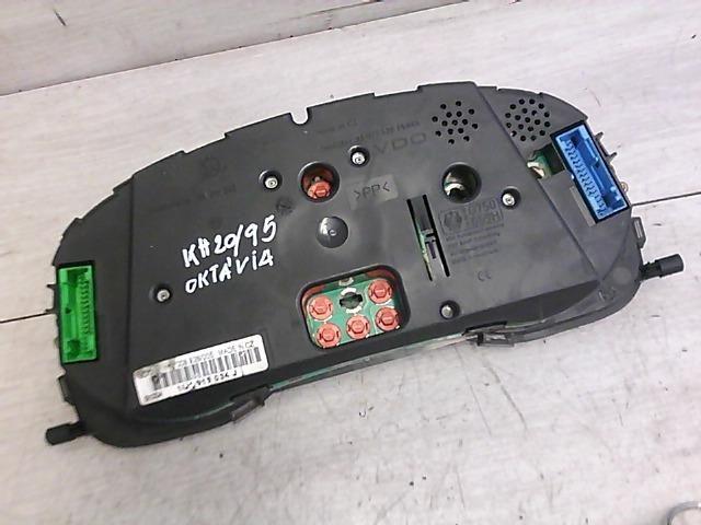 Használt 1U1919034J Motorvezérlő egység / ECU / PCM modul Alkatrész