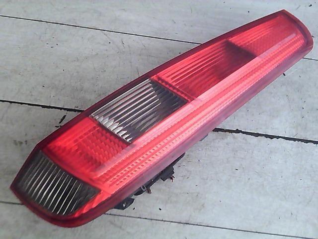 Használt 2S5113A602B Jobb hátsó lámpa Alkatrész