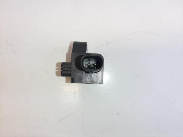 Használt 34D959351 Légzsák oldalütés érzékelő jobb első Alkatrész