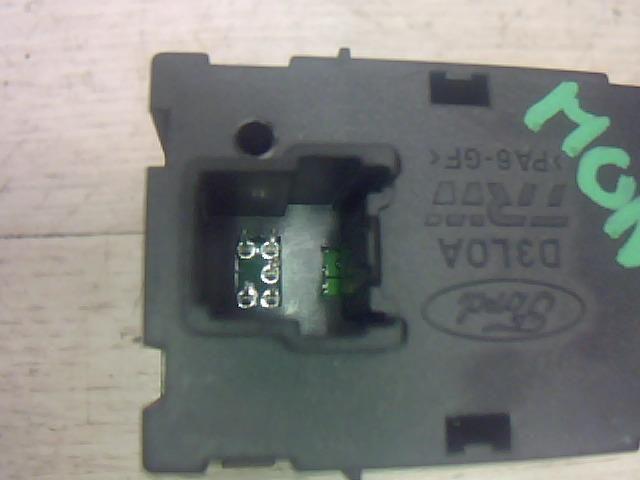 Használt 3s7t19k314ac Ülésfűtés kapcsoló (vegyes) Alkatrész