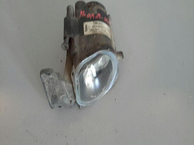 Használt 4B0941700A Ködfényszóró / Első ködlámpa bal Alkatrész