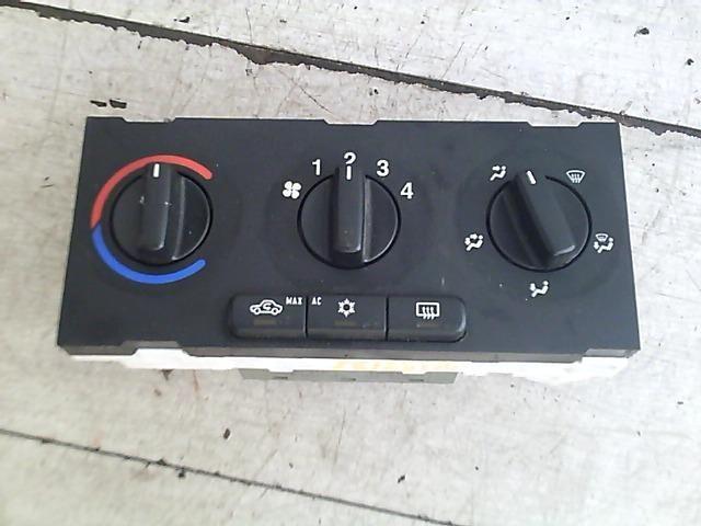 Használt 510497 Fűtés / Hűtés kapcsoló modul / Klíma vezérlő panel Alkatrész