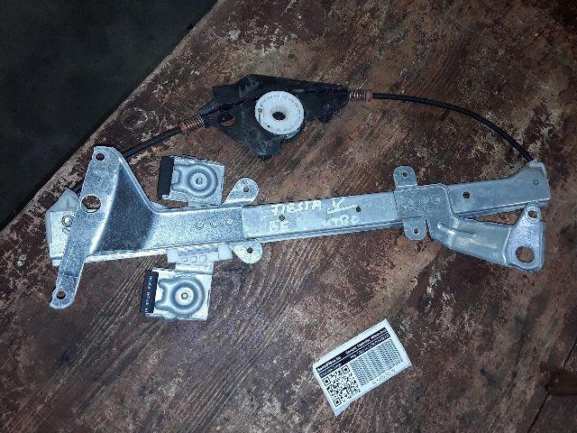Használt 56021l Bal első ablakemelő szerkezet (elektromos) Alkatrész