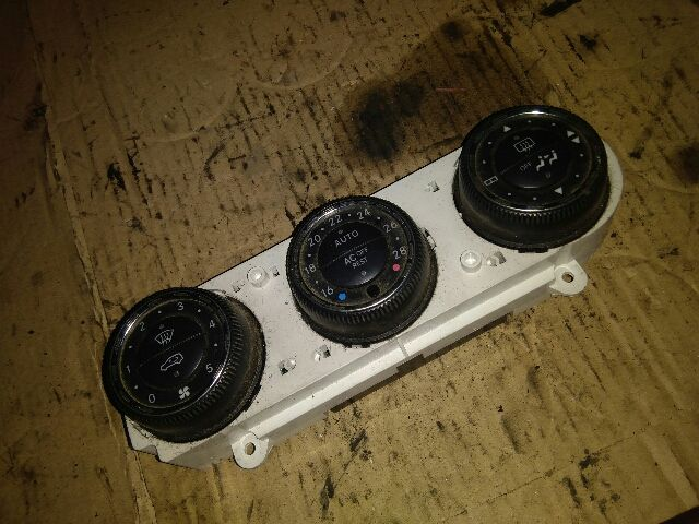 Használt 5HB96464306 Fűtés / Hűtés kapcsoló modul / Klíma vezérlő panel Alkatrész