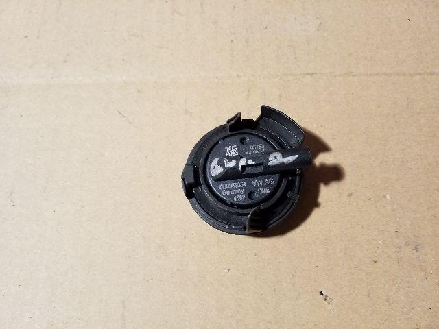 Használt 5Q0959354 Légzsák indító (oldallégzsák) Alkatrész