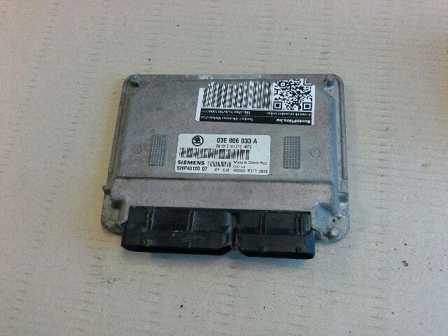 Használt 5WP4012007 Motorvezérlő egység / ECU / PCM modul Alkatrész