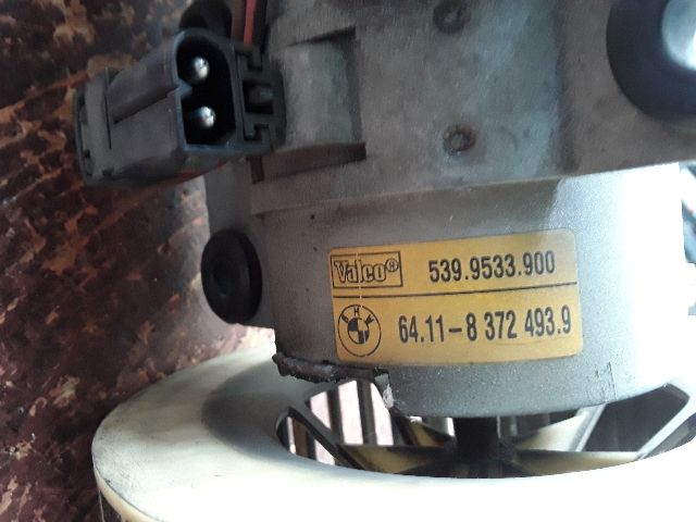 Használt 64118372493 Fűtőmotor / Fűtőventilátor (klímás) Alkatrész