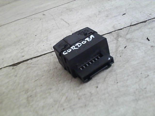 Használt 6K0919094 Műszerfal fényerő szabályzó / kapcsoló / potméter Alkatrész