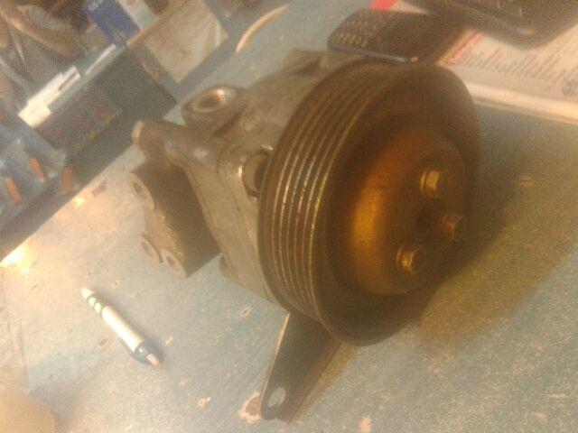 Használt 7681955278 Kormány szervó motor / pumpa / szivattyú (Hidraulikus) Alkatrész