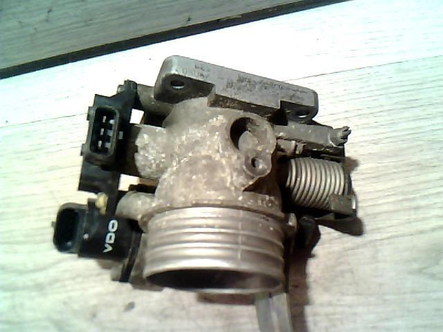 Használt 7700872188 Fojtószelep / Fojtószelepház (vegyes) Alkatrész