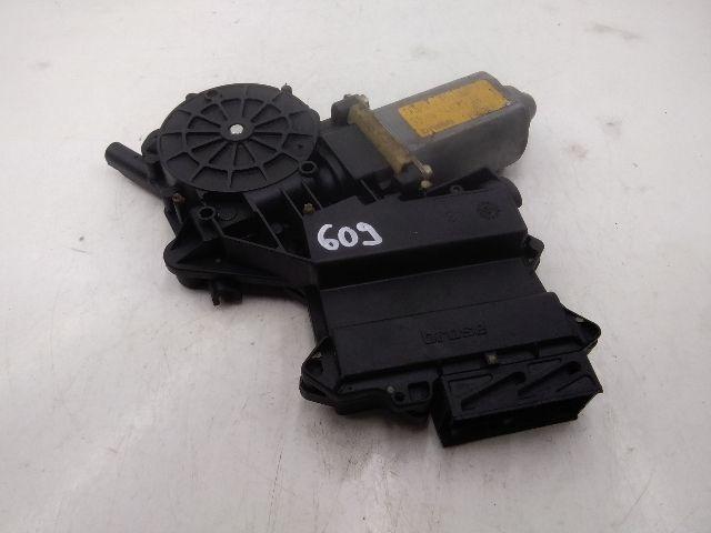 Használt 7N0959801A Jobb hátsó ablakemelő motor Alkatrész
