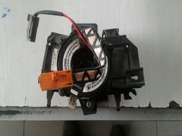Használt 8200090337 Légzsák átvezető szalagkábel, SRS szalag (kormány csúszó gyűrű) Alkatrész