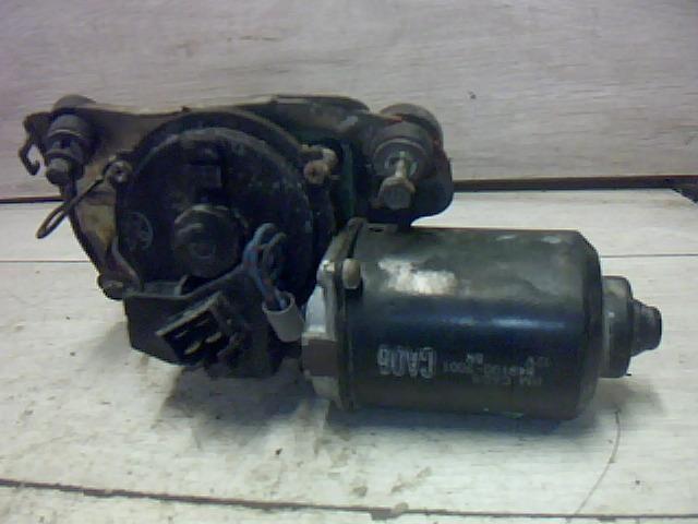 Használt 8491007001 Ablaktörlő motor első Alkatrész