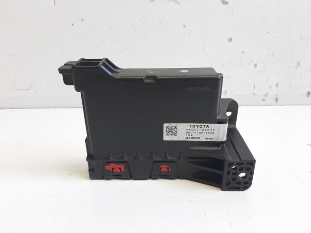 Használt 8865002D70 Fűtés / Hűtés kapcsoló modul / Klíma vezérlő panel Alkatrész