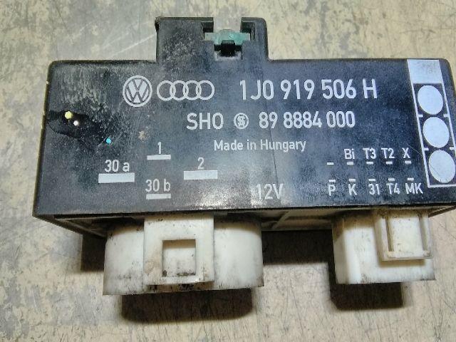 Használt 898884000 Ventilátor vezérlő elektronika Alkatrész