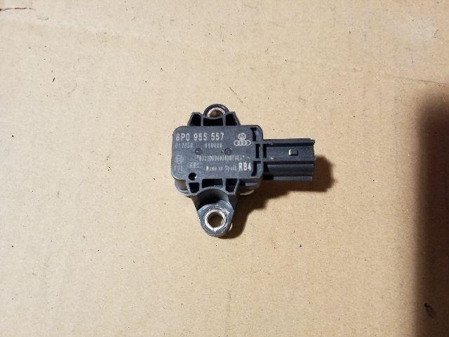 Használt 8P0955557 Légzsák indító (oldallégzsák) Alkatrész