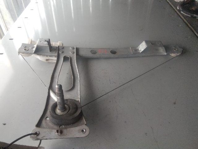 Használt 963981748 Bal hátsó ablakemelő szerkezet (mechanikus) Alkatrész