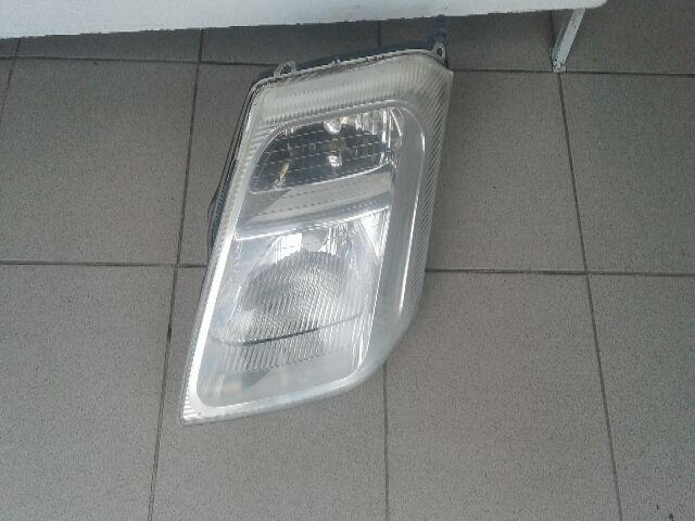 Használt 9642281180 Bal fényszóró / első lámpa Alkatrész