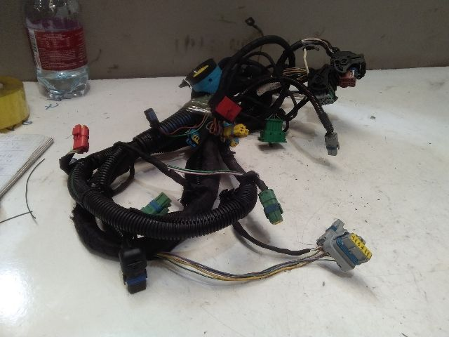 Használt 9684597980 Motor kábelköteg Alkatrész
