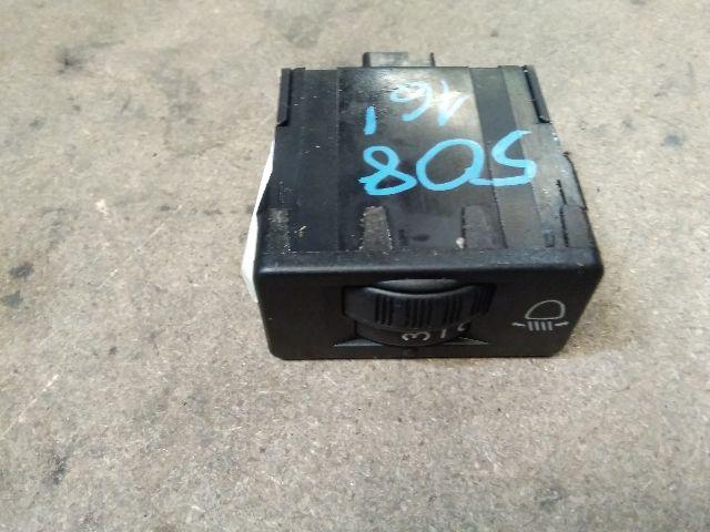 Használt 9801662777 Fényszórómagasság állító kapcsoló Alkatrész