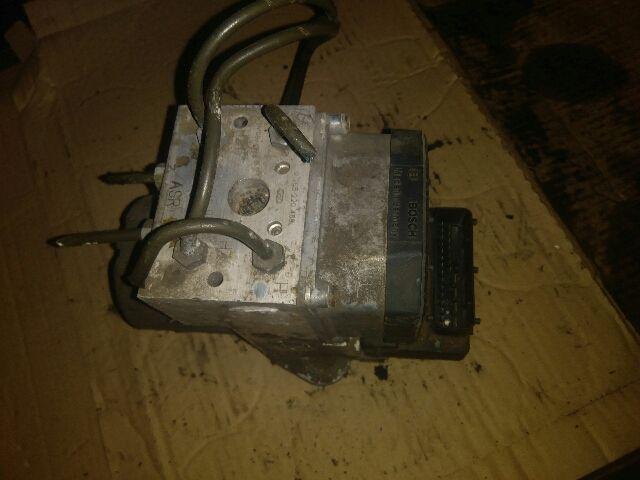 Használt A0004460789 ABS kocka / ABS tömb / Blokkolásgátló vezérlő Alkatrész