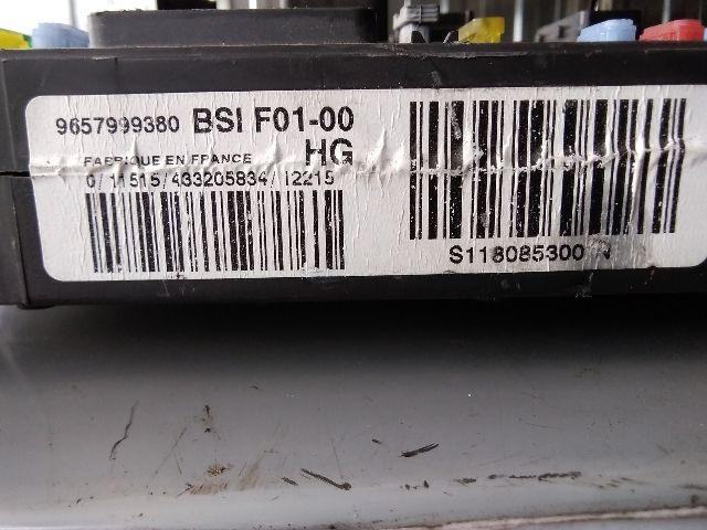Használt A2C53172124 Biztosítéktábla / BCM / BSI / BSM / SAM / GEM modul Utastér Alkatrész