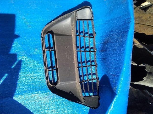Használt AM5117B968A Hűtőrács / Hűtőmaszk / Díszrács Alkatrész