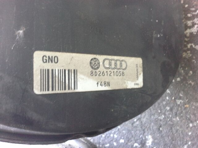Használt AUDI ALLROAD 2.5 TDI quattro Fékrásegítő / Fékszervó / Devander Alkatrész