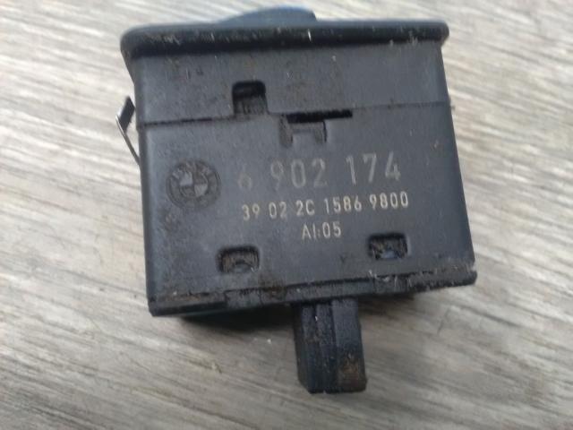 Használt BMW 3 E46 318 d Bal hátsó ablakemelő kapcsoló Alkatrész