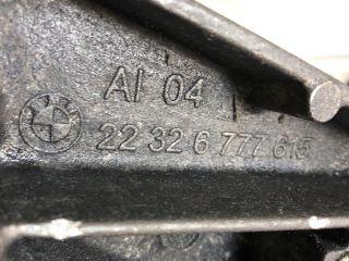bontott BMW 5 F11 Váltó Tartó Bak (Pozíciófüggetlen)