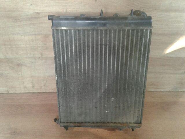 Használt CITROËN C3 1.4 i Vízhűtő radiátor (sima) Alkatrész