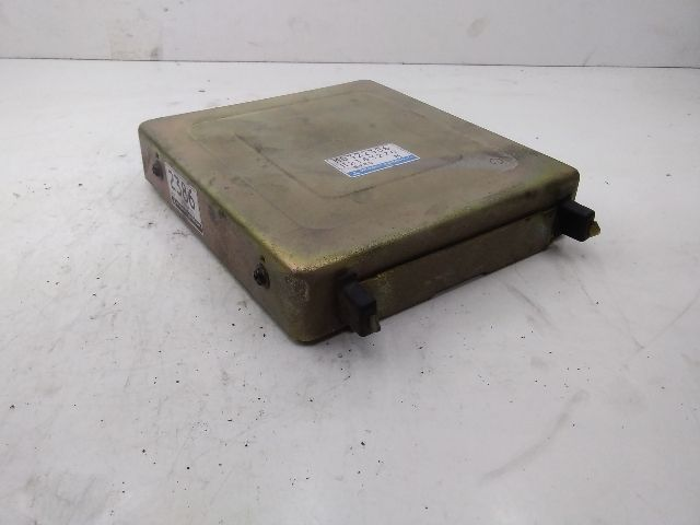 Használt E2T63276 Motorvezérlő egység / ECU / PCM modul Alkatrész