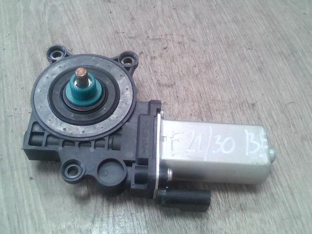 bontott FORD FIESTA V Bal első Ablakemelő Motor