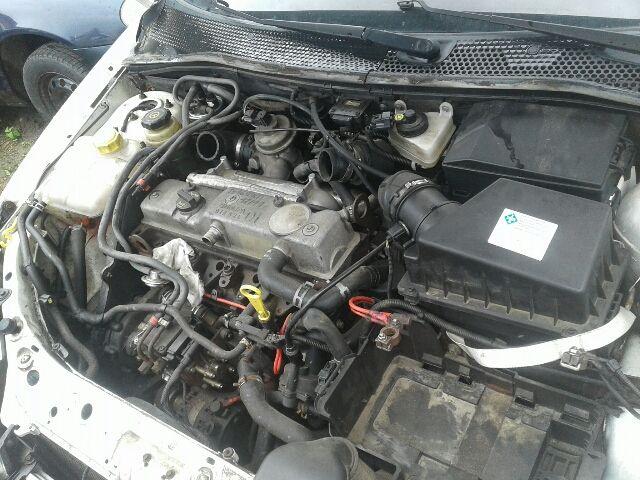 Használt FORD FOCUS I 1.8 DI / TDDi Nagynyomású üzemanyag gyűjtőcső Alkatrész