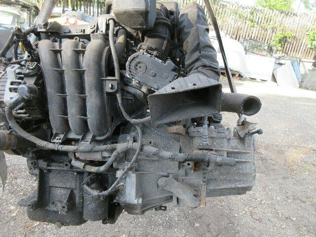 Használt G3LA Motor, benzin (fűzött blokk hengerfejjel) Alkatrész