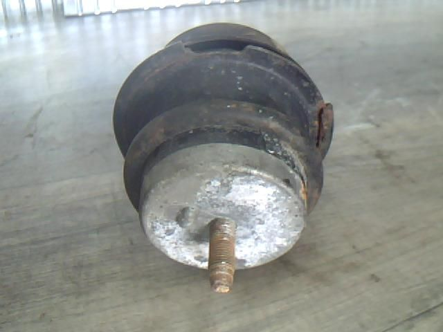 Használt INFINITI G 37 Motortartó gumibak bal Alkatrész