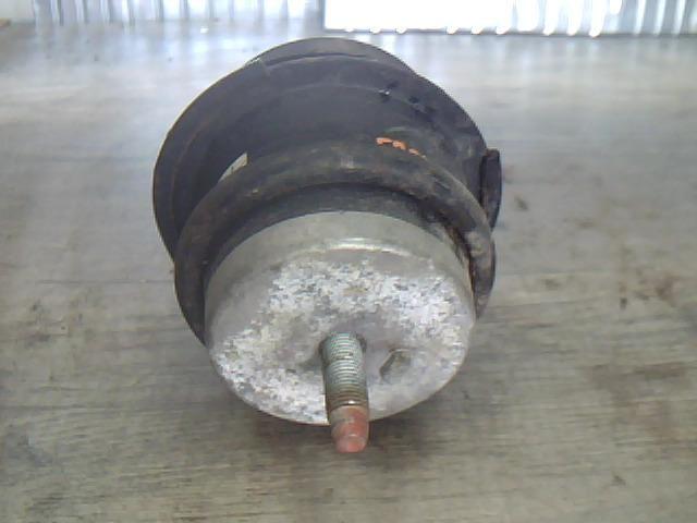 Használt INFINITI G 37 Motortartó gumibak jobb Alkatrész