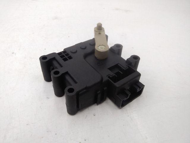 Bontott MAZDA 6 (GG) 2.0 Fűtés állító motor Alkatrész