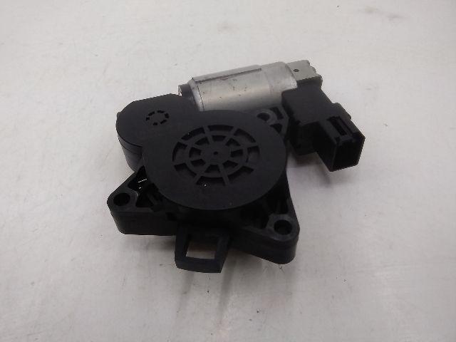 Bontott MAZDA 6 (GG) 2.0 Jobb első ablakemelő motor Alkatrész